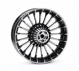 Harley-Davidson® Wheel | Turbine Custom in Contrast Chrome | 18 Inch Rear