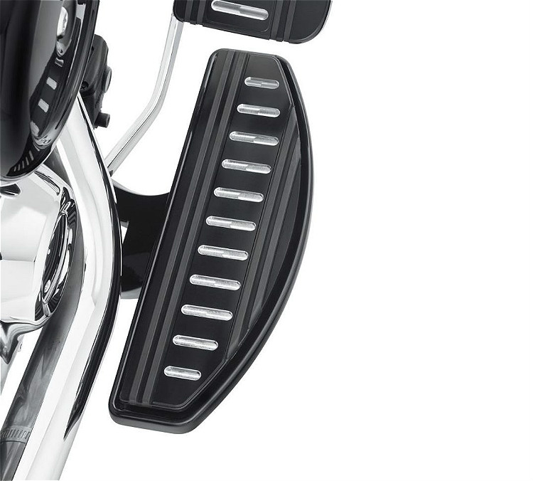 Harley-Davidson® Edge Cut Collection | Rider Footboard Insert Kit | Classic Style | '18-Later Softail® Models