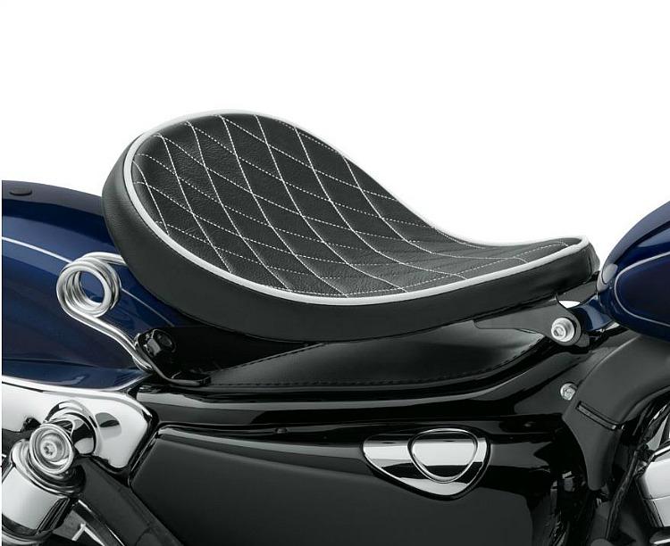 Harley-Davidson® Solo Saddle | Black Diamond