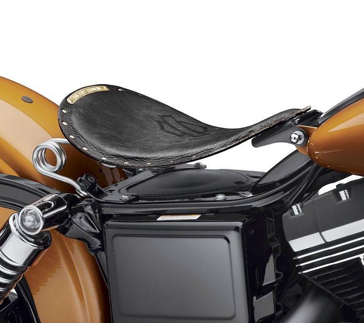 Harley-Davidson® Bobber Solo Saddle