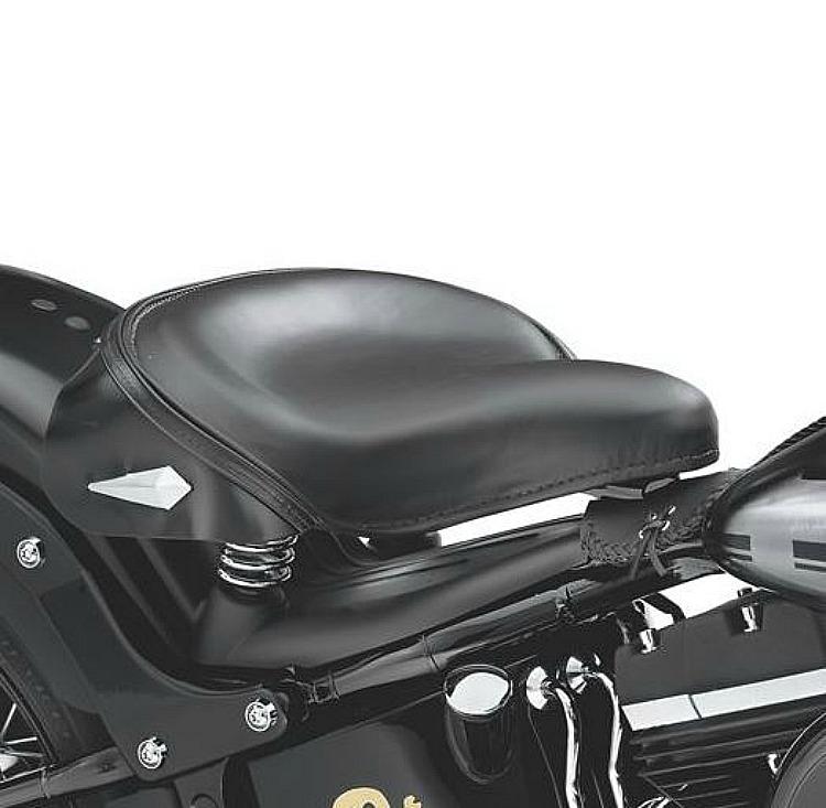 Harley-Davidson® Deluxe Solo Spring Saddle with Nostalgic Skirt