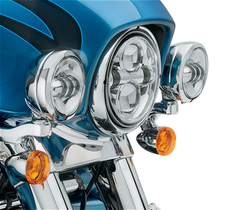 Harley-Davidson® Custom Auxiliary Lighting Kit | '14-Later Street Glide® &  Street Glide Special | Chrome - 67800367A