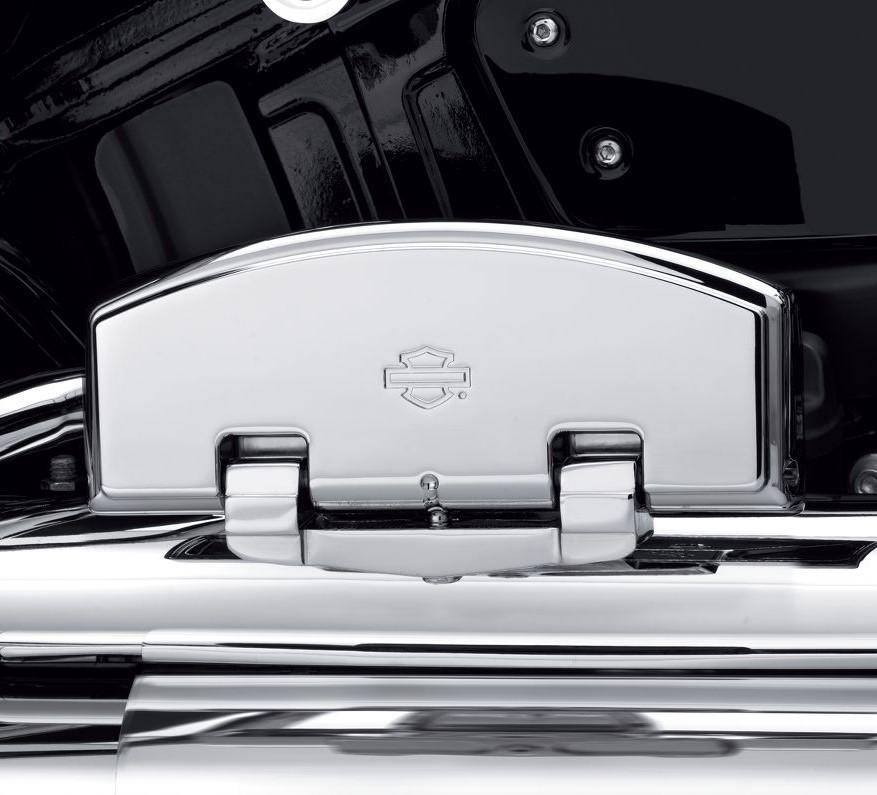 Harley-Davidson® Classic Passenger Footboard Pan Kit | Chrome
