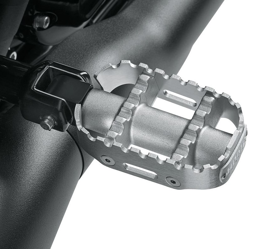 Harley-Davidson® 80Grit™ Passenger Footpegs | Raw