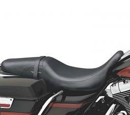 Harley-Davidson® Badlander® Seat - Touring