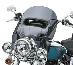 Harley-Davidson® Detachables™ Wind Splitter 16 Inch Vented Windshield Dark Smoke