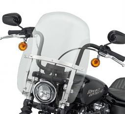 Harley-Davidson® Milwaukee-Eight® Wind Splitter Quick-Release Compact Windshield | 18"