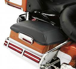 Harley-Davidson® Saddlebag Lid Bra
